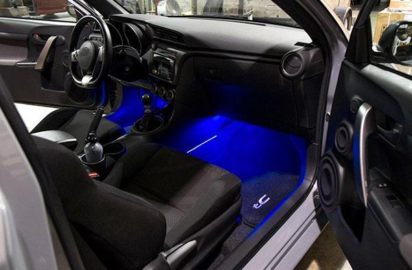 Ampoule led auto couleurs personnalisation habitacle Autoled